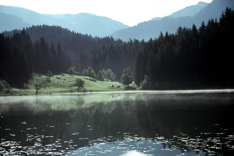 http://www.manzaralar.net/turkiye/illerimiz/ARTVIN/Artvin_002.jpg